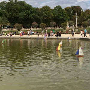Sailboats on the Grand Basin ; Jardin du Luxembourg); Paris; 7/19/15
